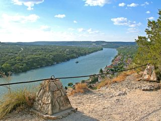 Austin house photo - The scenic outlook at Mount Bonnell is just 5 minutes away