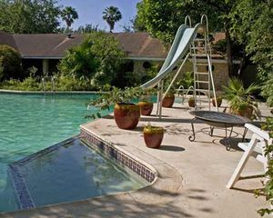 McAllen house photo - Big swimming pool with room to relax.