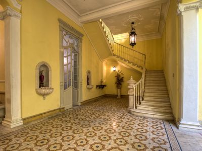 Canton Mansion - Rent a piece of history