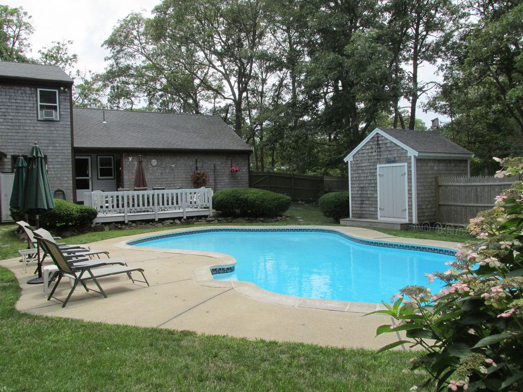 4 Bdrm Home With Heated Private Pool Pond Vrbo
