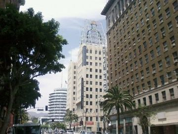 The Vine Street View - Northeast Corner of Hollywood & Vine
