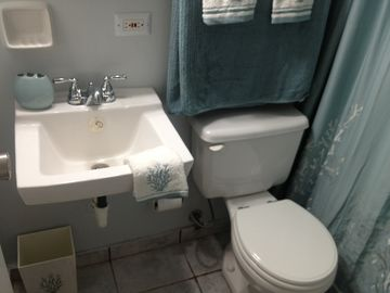 Second Bathroom w/ Shower