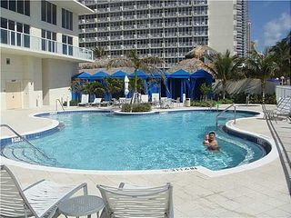 Sunny Isle condo photo - Pool on the sundeck