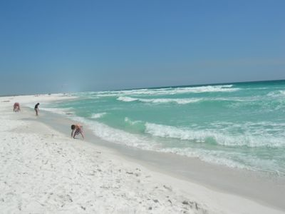 Beautiful gulf of mexico with white powder beach.....amazing!