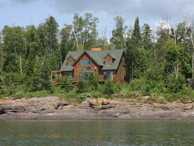 Beautiful Home on Lake Superior in Lutsen, Minnesota