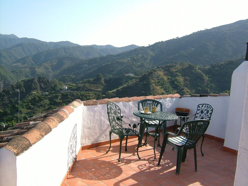 Village house in national park with views homeaway istan for 67 park terrace east