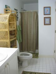 Bath complete with hair dryer and extra large beach towels - Bimini condo vacation rental photo