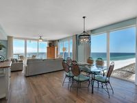 Starr Of The Sea 3BR/3BA Renovated End Unit Caribbean Resort - Gorgeous