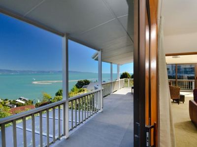 'Above the Cut' - Waterfront Holiday Home!