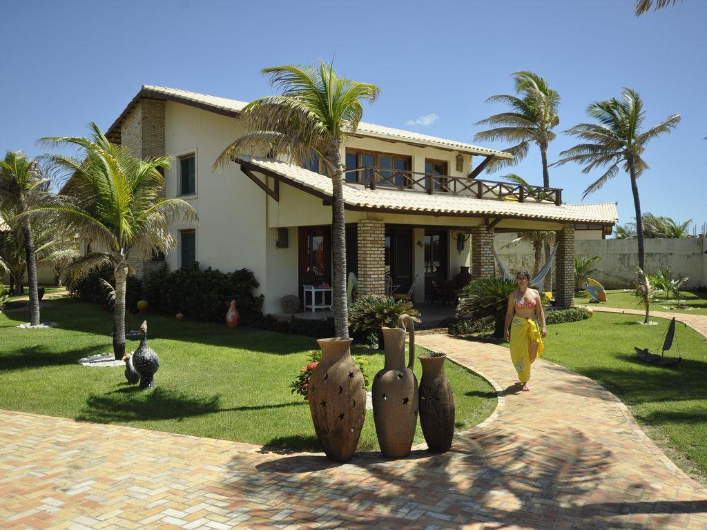 Amazing Beachfront 4 Bedroom Villa � Sleeps 8 � Welcome to Paradise