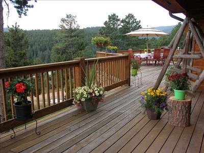 Deck overlooking the mountains.