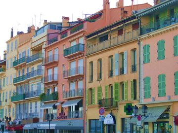 Cannes, pretty old town of Le Suquet
