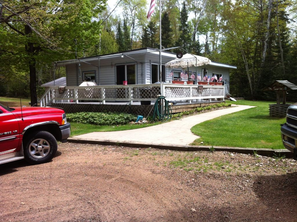 2 cabins up north great family vacation home 2 cabins for Up north cottages