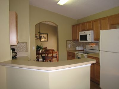 Fully equipped kitchen: microwave, fridge, toasters, stove, dish washer, etc.