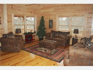Crumpler cabin photo - Living area