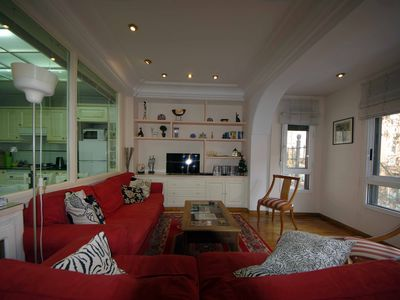 Valencia City - Luxury 3 Bedroom Property. Refurbished and Newly Furnished