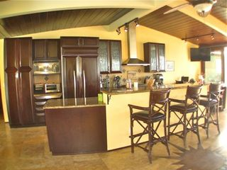 Che'fs Kitchen with High-'End Mahagony Cabinets and Granite Countertops - Point Loma estate vacation rental photo
