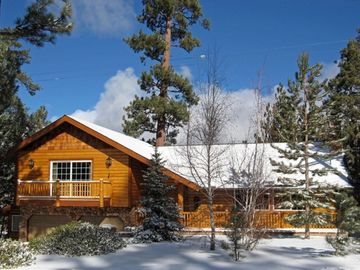 Eagle Point cabin rental - Front of house from the street