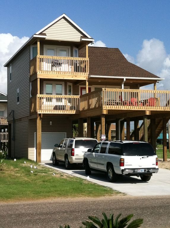 Affordable LUXURY Home W WATERFRONT VIEWS 3 BR Vacation House For