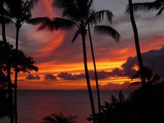 Lahaina condo photo - Sunsets from the lanai can be spectacular!