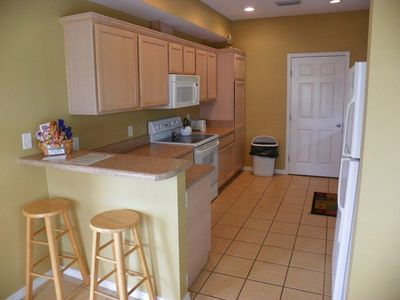 Fully equipped kitchen (with washer/dryer)