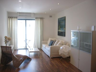 2 Bedroom AirConditioned Apartment, Sleeps 6, 70 mts from Seafront