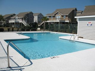 Ocean Isle Beach cottage photo - Island Park pool #1