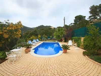 Beautiful romantic villa with a private pool and a nice garden
