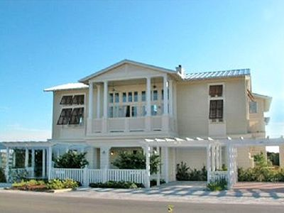 Ventanas Exterior - Cottage Rental Agency Seaside, Florida