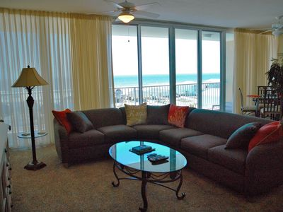 2 Bed/2.5 Bath     TIME TO PLAN YOUR SHRIMP FESTIVAL and FALL GET AWAYS!!!!