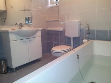 Bathroom 1 - Enjoy our Large bath for 2 persons
