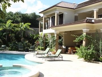 Set in a lovely tropical garden the pool and hot tub offer relaxation and fun