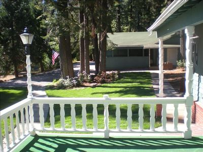 Lake Almanor house rental - Grassy Play Area, Horseshoe Pits & 2-Car Covered Carport