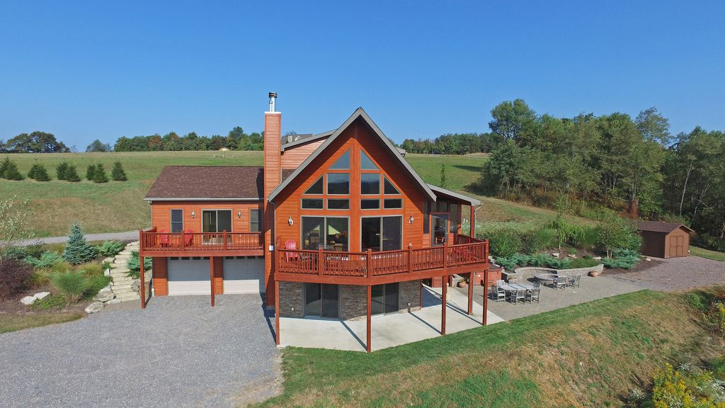 Spectacular 5 Bedroom Log Home With Vrbo