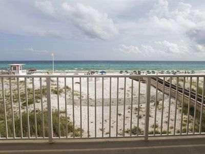BEAUTIFUL BEACHFRONT!  PRICE ON THIS UPGRADED BEAUTY CAN'T BE BEAT.  BOOK NOW!
