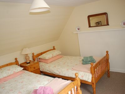 Strathcarron bungalow rental - Twin bedroom, Strathan House