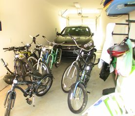 La Jolla condo photo - Garage with bikes and boards for all guests to enjoy