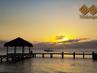 Roatan hotel photo - Beach View of Xbalanque