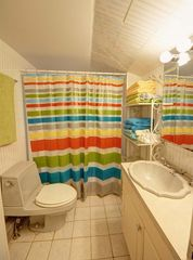 Woodstock estate photo - Main Floor Bathroom