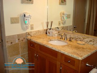 Kill Devil Hills condo photo - Masterbath