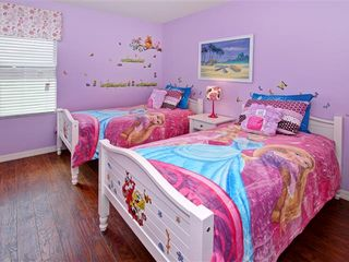 Crystal Cove villa photo - girls room with 2 twin beds