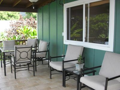 Great outdoor dining and comfortable seating for everyone on the lanai.