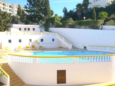 2 and 3 bed apartments in the centre of Carvoeiro