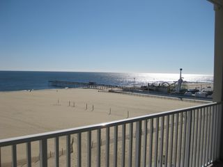 Belmont Towers Ocean City condo photo - View of Beach looking SE toward amusement pier