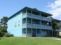 Blue Heaven,Lake Front,Gulf View,Community Pool,Pet Friendly,Fall and winter Special!
