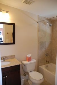 Dupont Circle apartment rental - Bathroom #1
