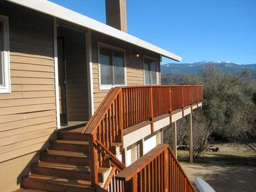 Oakhurst house rental - 'Eastwood Escape' located on a hill and has great views. Yosemite, Base Lake
