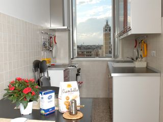 San Giovanni - Esquilino apartment photo - fully equipped kitchen with dish washer