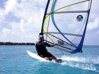 Island windsurfing, full instruction included, even for never-ever windsurfers