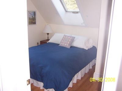 Southport house rental - Bedroom with double bed .